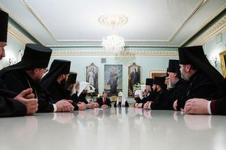 Президент Украины Петр Порошенко во время встречи с архиереями Украинской православной церкви в Киеве, 21 октября 2018 года