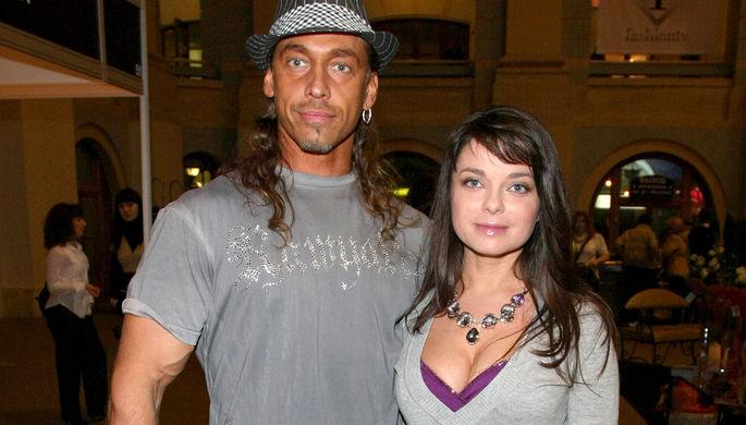 «Это уголовное преступление»: любовница подает иск против Тарзана