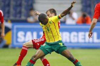 Самюэль Это'О в матче сборной Камеруна против россиян в июне прошлого года