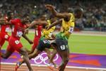 Ямайский бегун Усэйн Болт выиграл стометровку