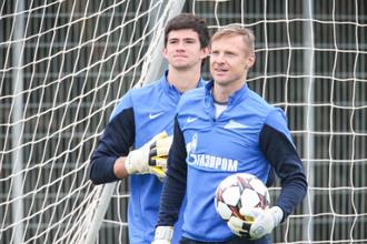 Болельщики уже отвыкли видеть в воротах «Зенита» Вячеслава Малафеева