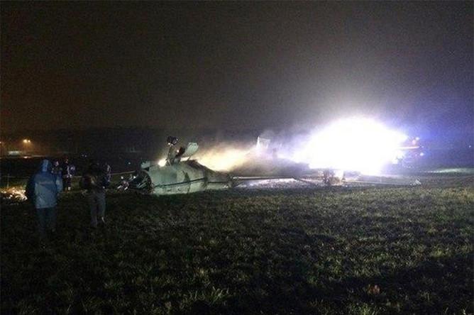 На месте крушения самолета Falcon-50 в аэропорту Внуково