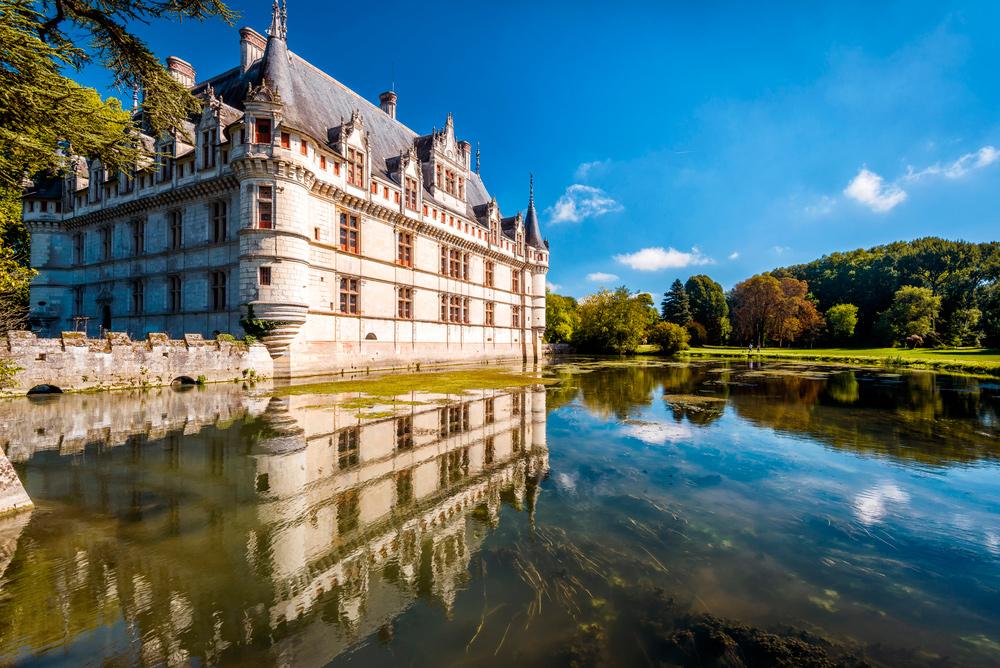 Замок Шато де Азе-Ле-Ридо, Франция
