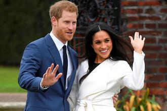 Принц Гарри и Меган Маркл после объявления о помолвке, ноябрь 2017 года