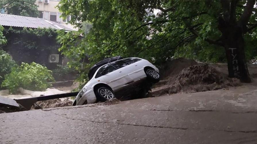 Последствия ливней в Ялте, 18 июня 2021 года
