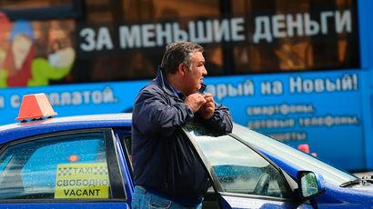 Запрет на работу водителям-мигрантам обернулся проблемами для перевозчиков