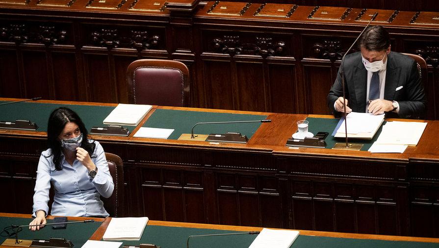 Каждый третий - на выход: Италия сэкономит на депутатах