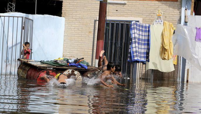 Более 50 человек погибли в результате наводнений во Вьетнаме