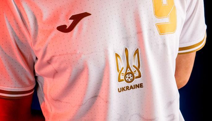 Между спортом и политикой: зачем Украина изобразила Крым на футбольной форме