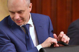 Министр финансов России Антон Силуанов после заседания в Москве, май 2016 года