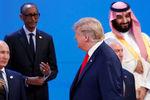 Президент России Владимир Путин и президент США Дональд Трамп насаммите G20, 30 ноября 2018 года