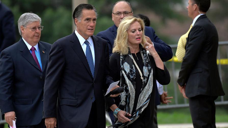 Митт Ромни с женой Энн на похоронах сенатора Джона Маккейна, Вашингтон, США, 1 сентября 2018 года
