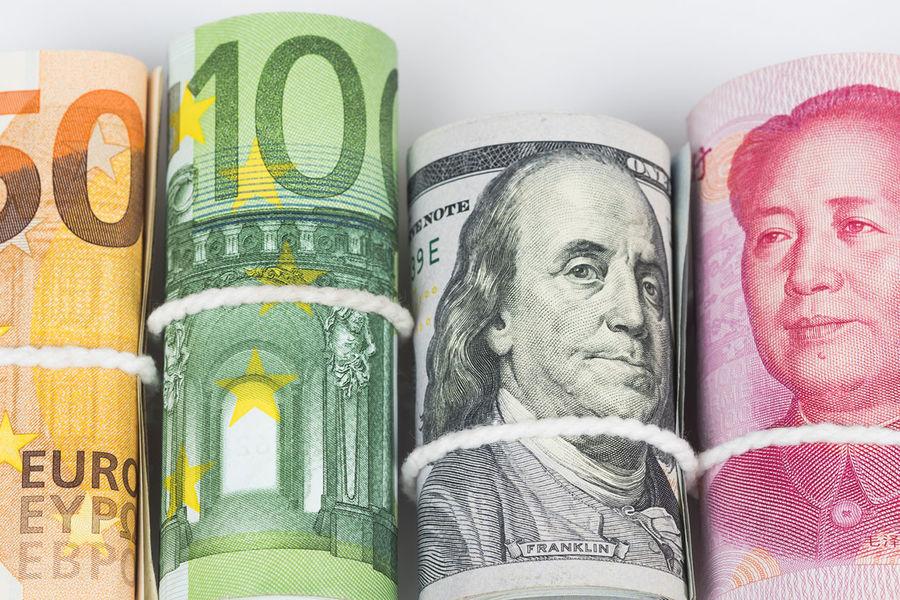 Минфин СЃРЅР°С‡Р°Р»Р° РіРѕРґР° РєСѓРїРёР» валюту РЅР°С'риллион рублей