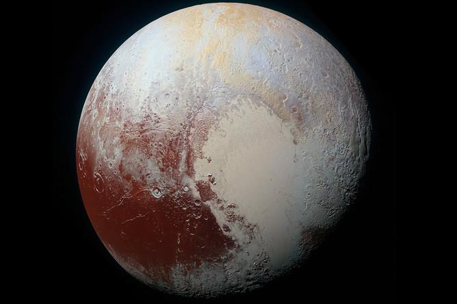 Самая детальная к настоящему времени карта полушария Плутона, которая была отснята в ходе пролета 14 июля 2015 года