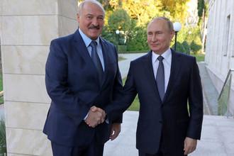 Президент Белоруссии Александр Лукашенко и президент РФ Владимир Путин во время встречи в резиденции «Бочаров ручей», 7 декабря 2019 года