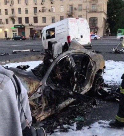 Последствия ДТП на Кутузовском проспекте, 21 июня 2018 года