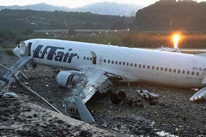 В Сочи самолет загорелся при посадке, 1 сентября 2018 года