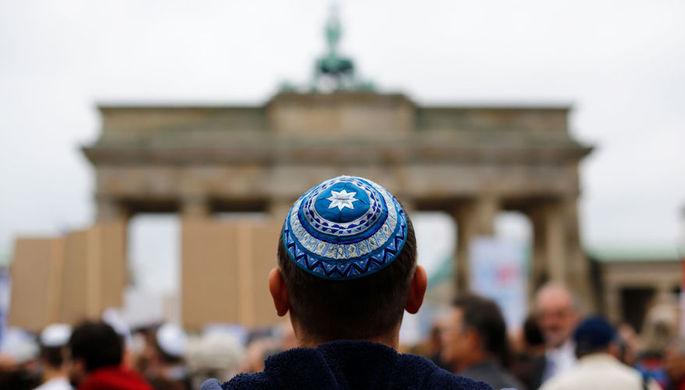«Урезание свободы»: почему тысячи евреев покидают Европу