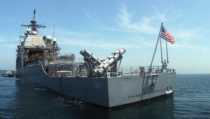 Ходить не умеет: крейсер США подрезал российский корабль