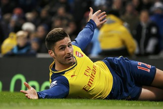 Оливье Жиру отправил второй мяч «Арсенала» в ворота «Манчестер Сити»