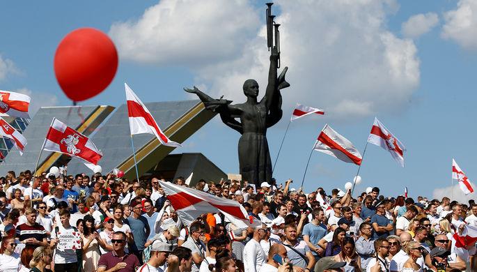 Позвал продвинутых из России: Лукашенко заменит бастующих журналистов