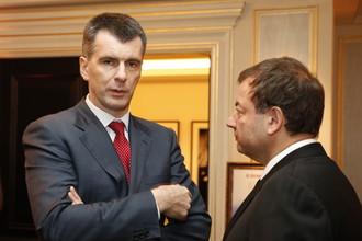 Михаил Прохоров (слева) и Сергей Кущенко долго работали вместе в российском биатлоне, но оба имеют самое прямое отношение к баскетболу