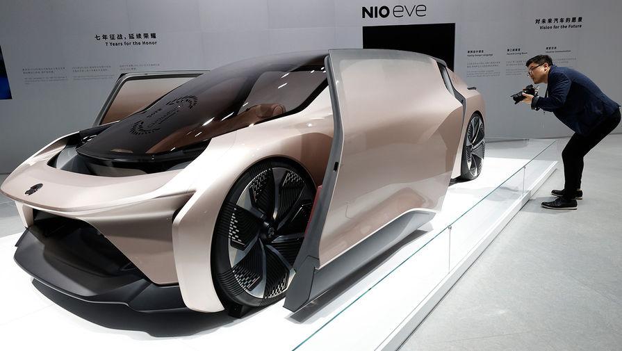 Концепт-кар NIO eve на Шанхайском автосалоне, апрель 2021 года