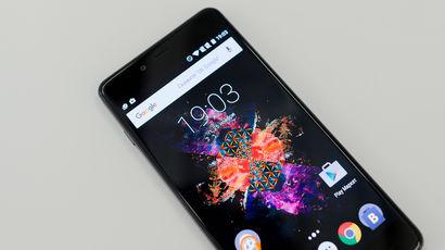 ����� OnePlus X