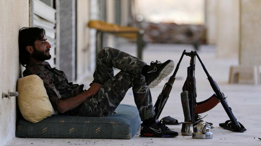 В Минобороны рассказали о передаче экстремистами складов с боеприпасами ВС Сирии
