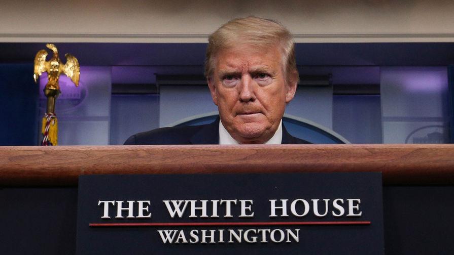 Трамп назвал фейком данные об увольнении главы минздрава