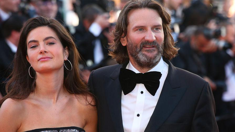 Писатель Фредерик Бегбедер с женой на 70-м Каннском кинофестивале, 2017 год