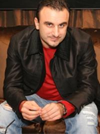 хоккейный агент Шуми Бабаев
