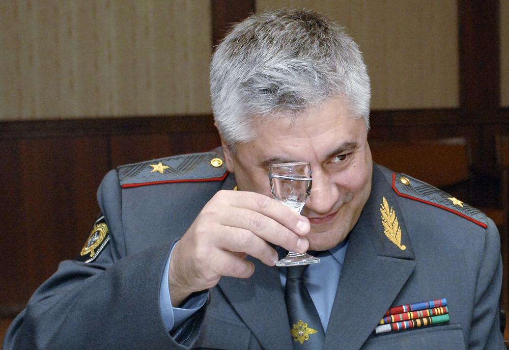 Главой МВД назначен руководитель столичной полиции Владимир Колокольцев - Газета.Ru