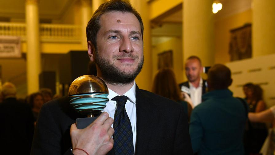 Режиссер Резо Гигинеишвили, получивший приз в номинации «За лучшую режиссуру» за фильм «Заложники»