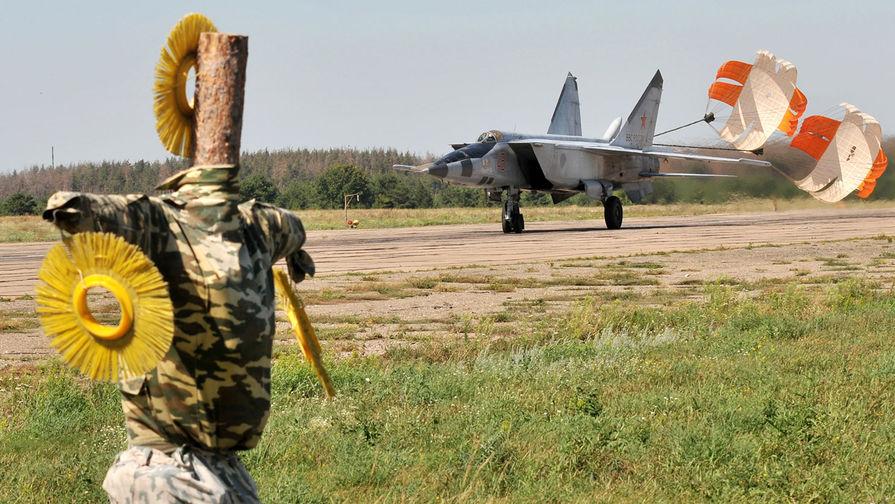 «Не с чем сражаться»: журналисты США назвали МиГ-25 бесполезным