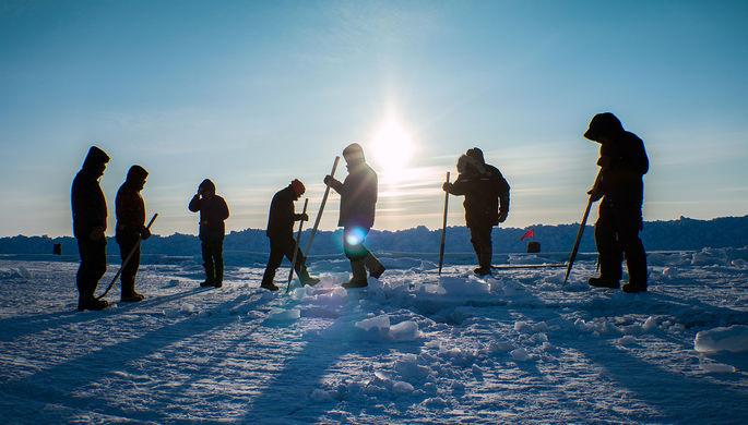 На зарплату хватает: куда делись деньги для Арктики и Кавказа