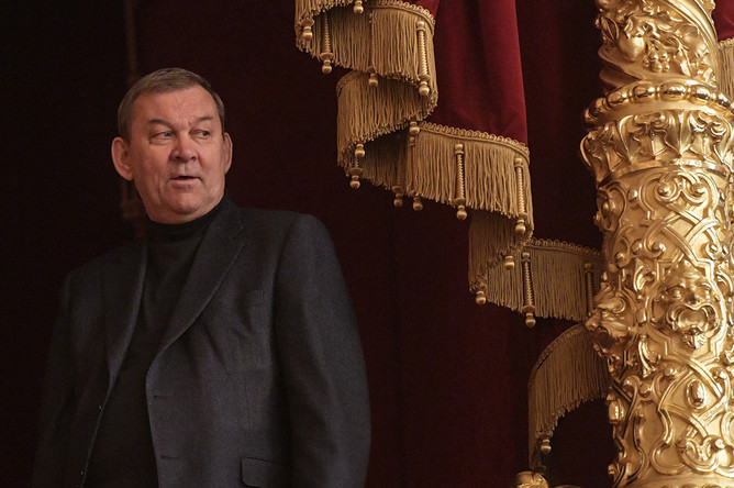 Директор Государственного академического Большого театра России Владимир Урин перед премьерой фильма Валерия Тодоровского «Большой», 17 апреля 2017 года
