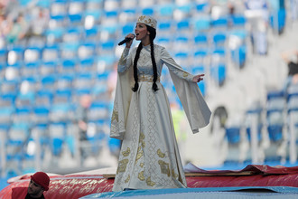 Певица Алсу на церемонии открытия Кубка конфедераций – 2017 в Санкт-Петербурге
