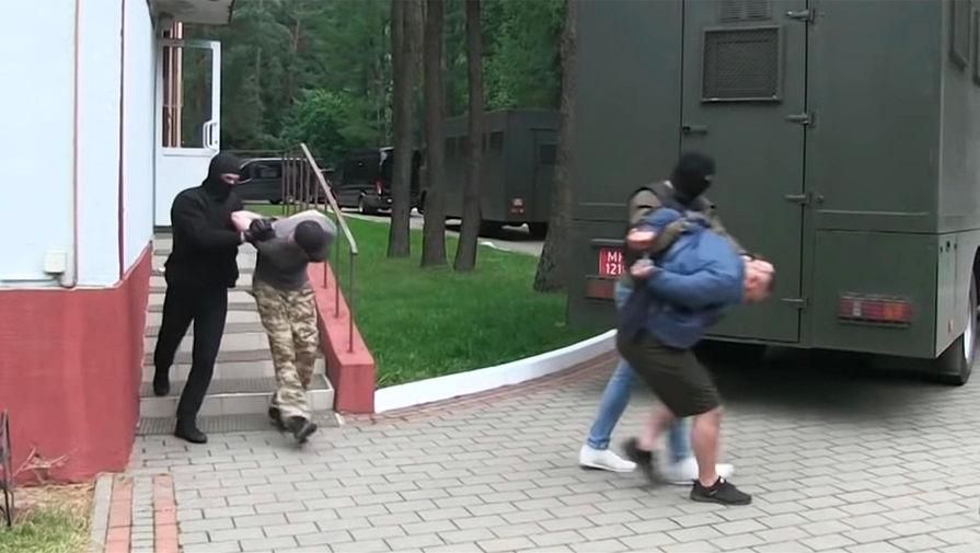 «Ищем по всей Беларуси»: Киев предупредил Минск о «российских боевиках»