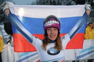 Елена Никитина (Россия) после соревнований по скелетону среди женщин на чемпионате Европы по бобслею и скелетону в австрийском Инсбруке.