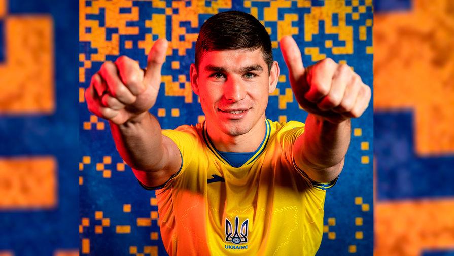 УЕФА подтвердил требование убрать с формы сборной Украины слоган Героям Слава
