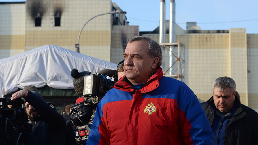 В СК опровергли сообщения о вызове экс-главы МЧС Пучкова на допрос