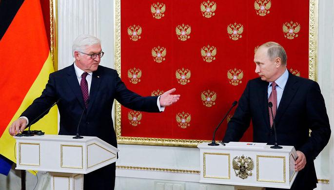 Президент ФРГ Франк-Вальтер Штайнмайер и президент России Владимир Путин во время встречи в Кремле, 2017 год