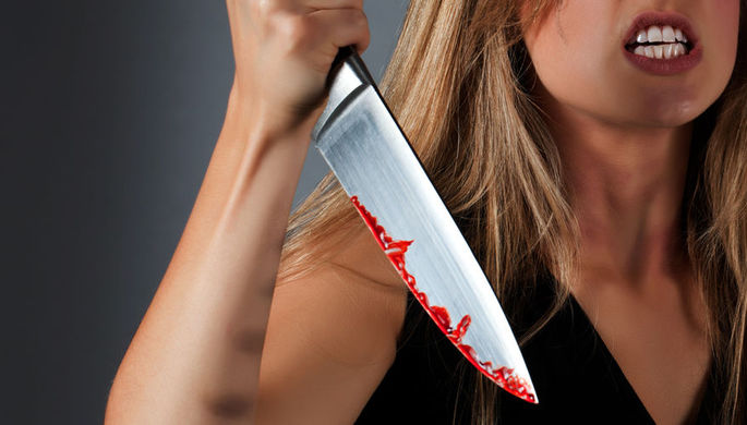 Разборки в туалете: школьница пырнула ножом подругу