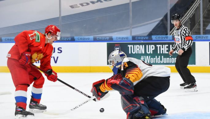 Василий Пономарев открывает счет в четвертьфинале МЧМ-2021 против Германии
