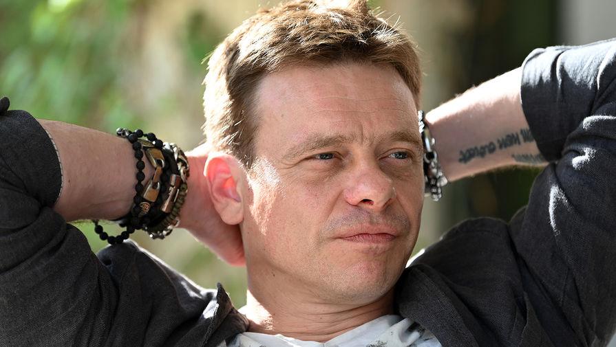 Актер Павел Майков во время съемок фильма под рабочим названием «Чиновник», май 2021 года