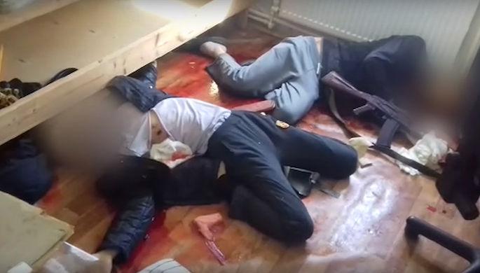 Убитые предполагаемые террористы в одном из домов под Владимиром. Скриншот из видеозаписи ФСБ