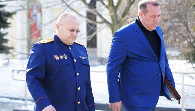 Руководитель ГСУ Следственного комитета России по городу Москве Александр Дрыманов у здания Мосгорсуда после допроса, март 2018 года