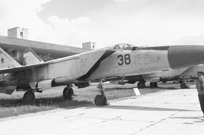 МиГ-25, 1991 год