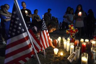 В бойне, которую устроил бывший студент-медик, было убито 12 человек
